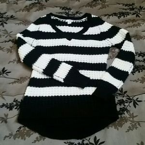 Bongo Black & White Sweater